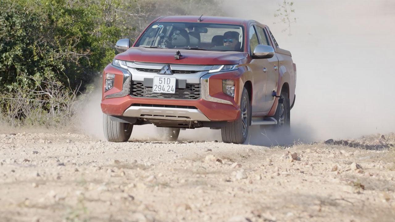 Teaser đánh giá Mitsubishi Triton 2019: Vượt giới hạn xe bán tải