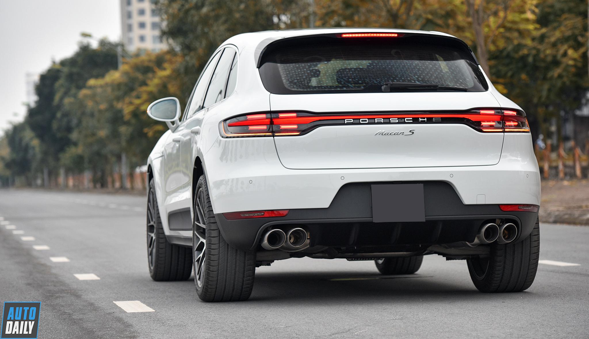 Porsche Macan 2019 với hơn 850 triệu tiền option tại Hà Nội