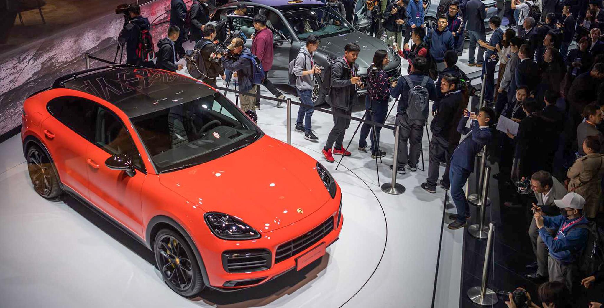 Porsche Cayenne Coupe giá từ 4,95 tỷ đồng khi về Việt Nam