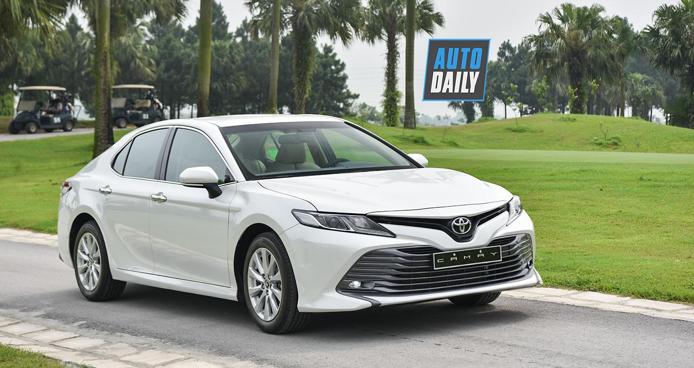 Chi tiết Toyota Camry 2.0G 2019 giá 1,029 tỷ đồng