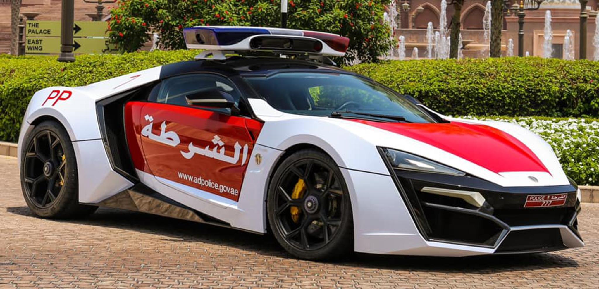 Lykan hyperSport chính thức vào biên chế của cảnh sát Abu Dhabi
