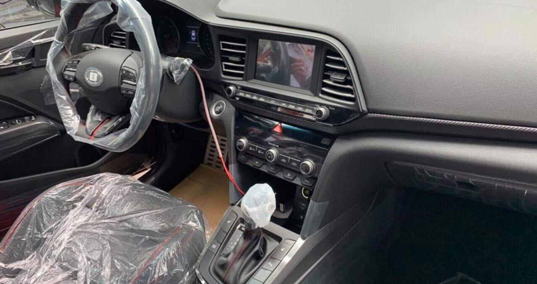 Lộ ảnh nội thất Hyundai Elantra Sport 2019 sắp ra mắt tại Việt Nam