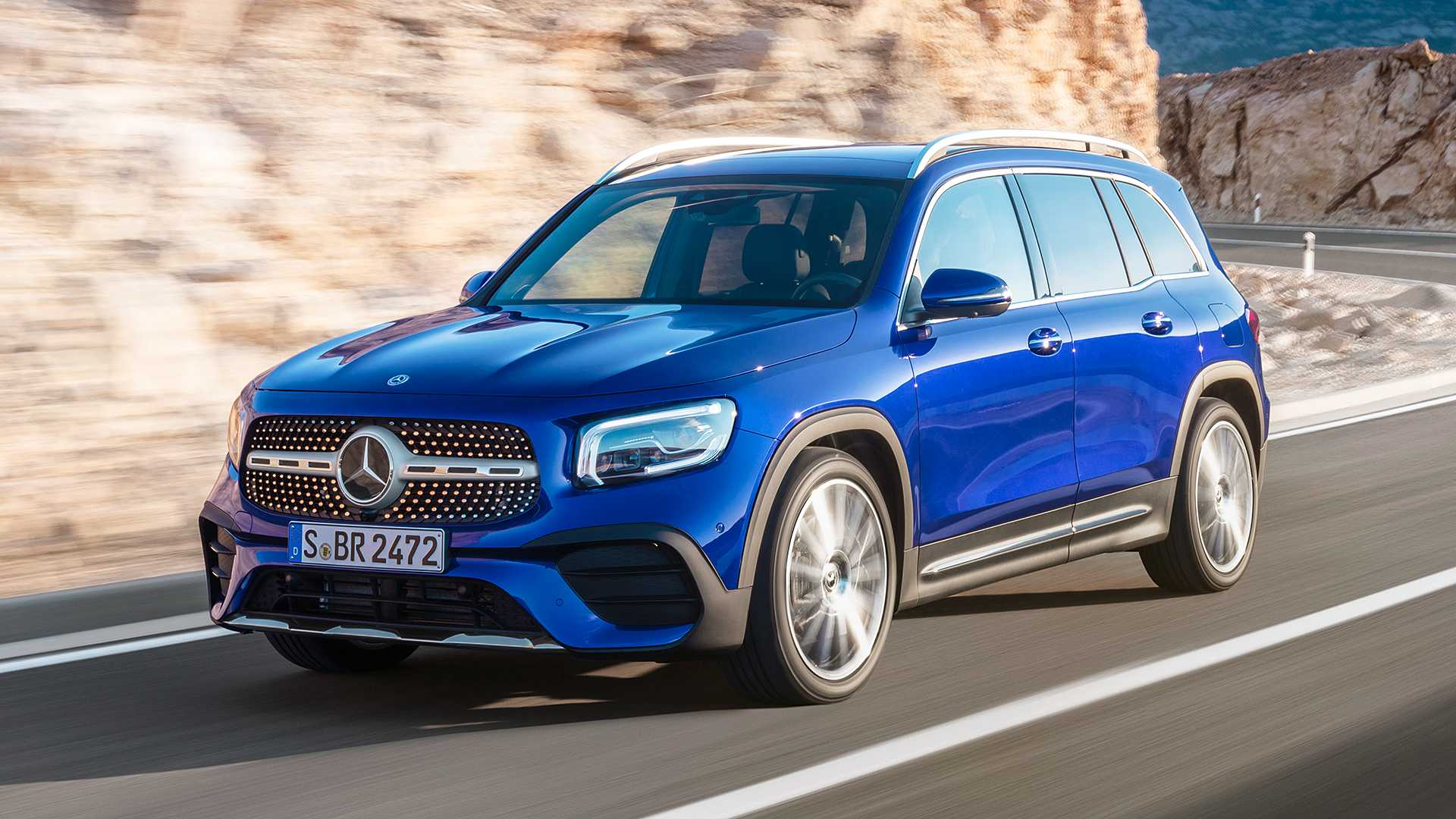 "Mercedes-Benz GLB 2020 - SUV 7 chỗ ngồi giá ""mềm"" ra mắt"