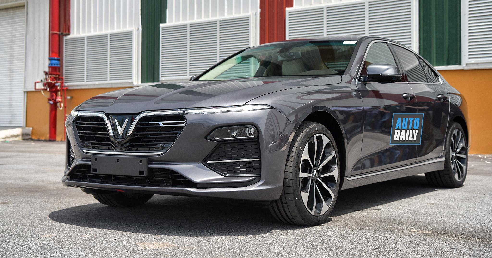 """""""Xế nội"""" VinFast Lux A2.0 khuấy động phân khúc sedan tầm giá 1 tỷ đồng"""