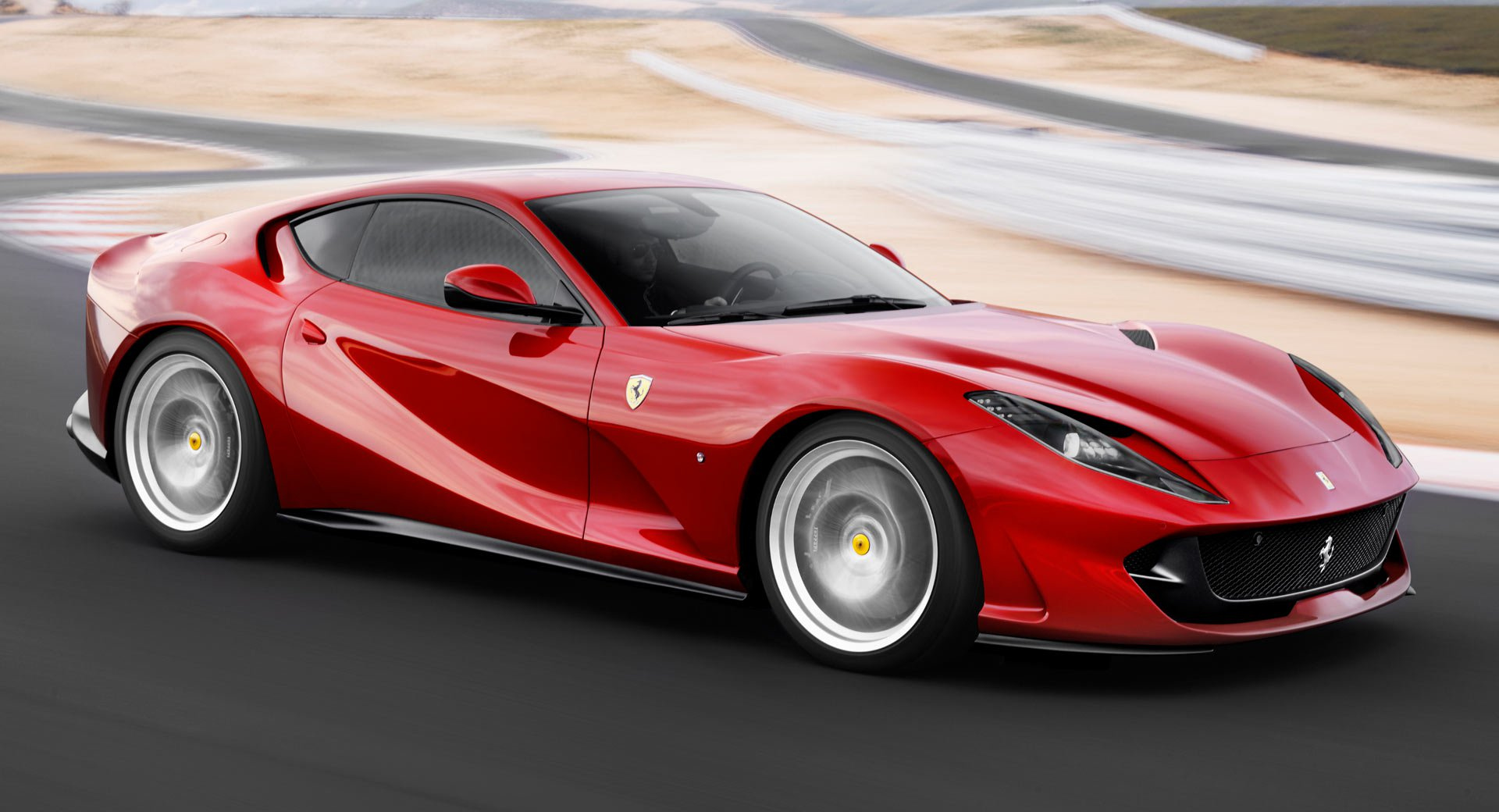 Siêu xe Ferrari 812 Superfast Spider sẽ ra mắt trong tháng 9?
