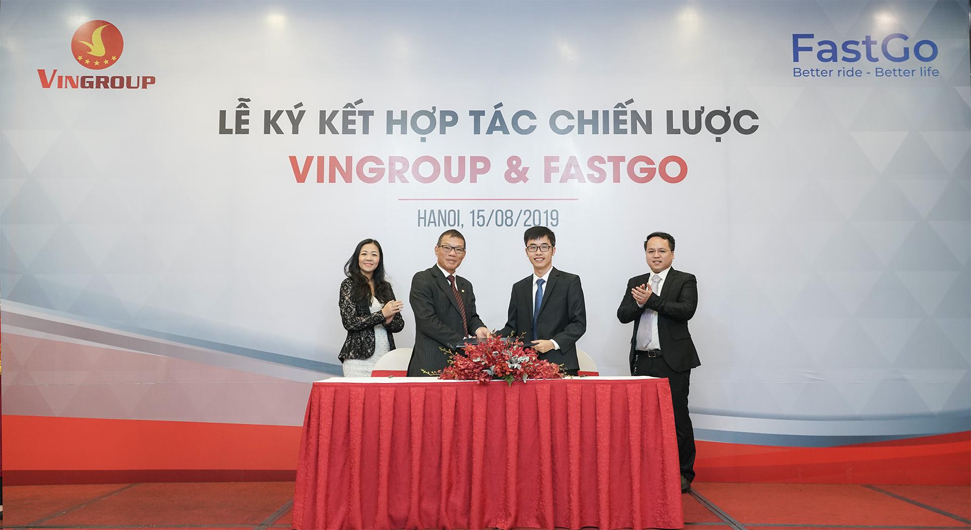 VinFast Fadil và VinFast Lux gia nhập thị trường xe công nghệ, cạnh tranh với Grab