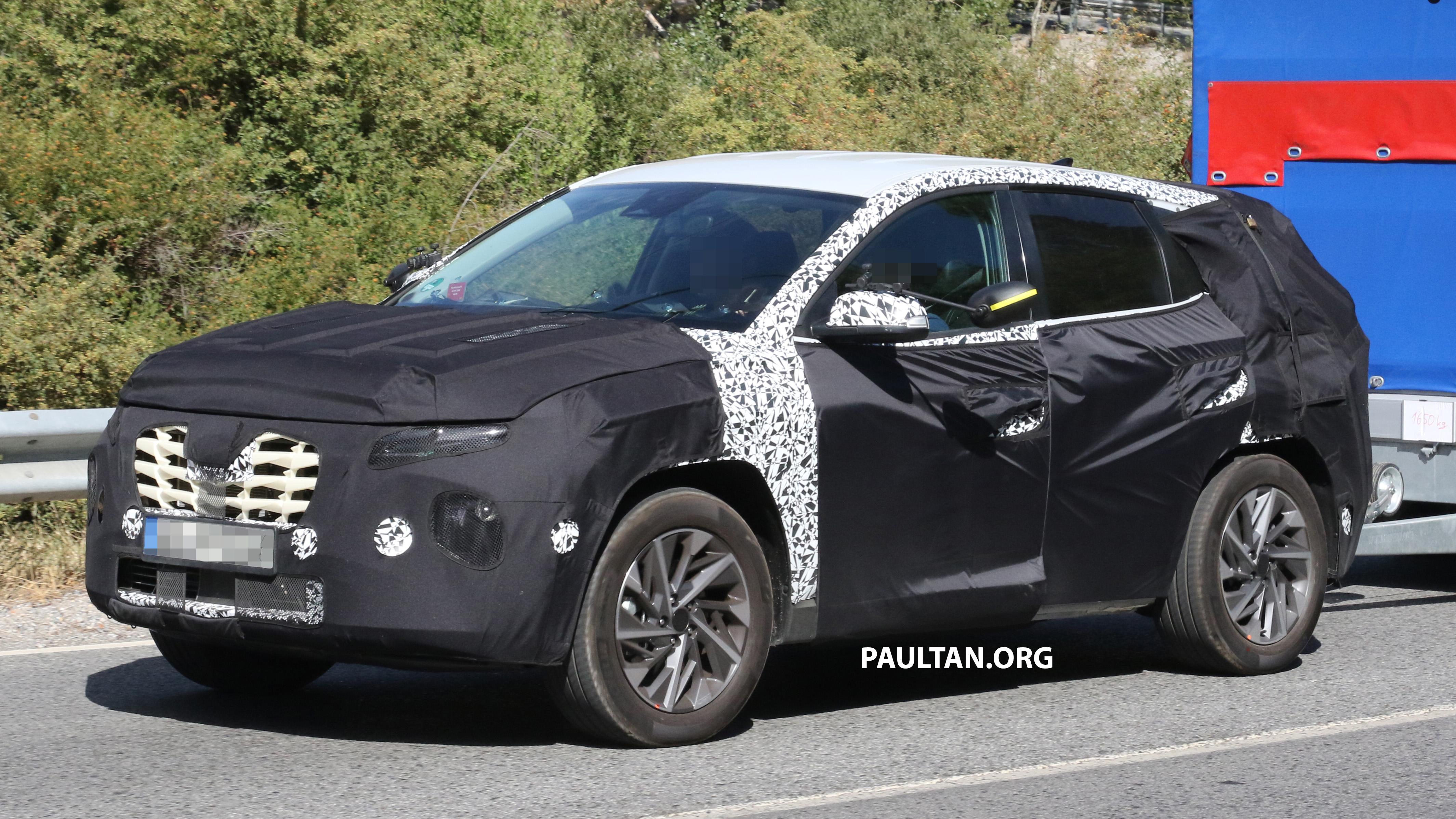 """Hyundai Tucson 2020 sẽ sở hữu nhiều nét giống """"đàn anh"""" SantaFe?"""