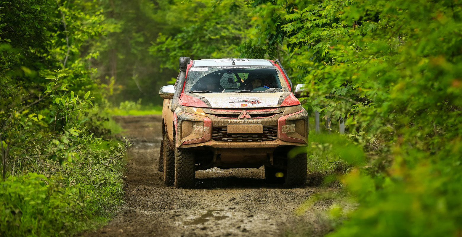 Đội đua Việt đạt thành tích ấn tượng tại giải Rally xuyên châu Á