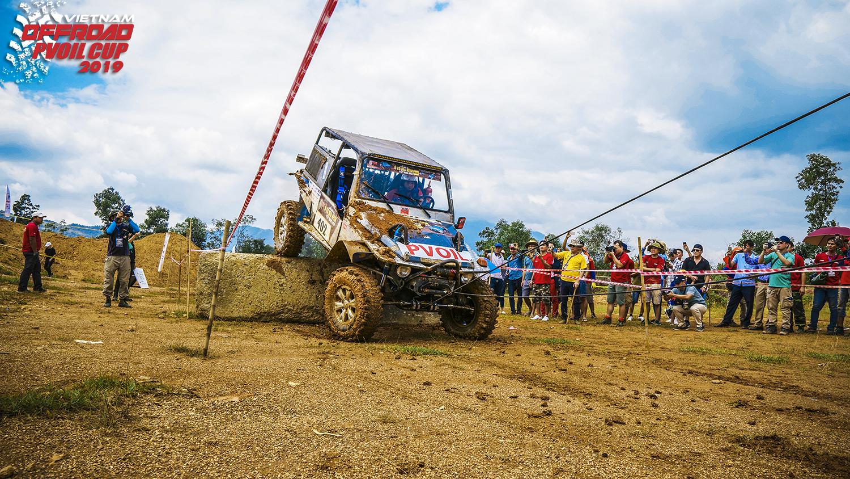 """Khởi động """"Giải đua xe ô tô địa hình Việt Nam PVOIL Cup 2019"""""""