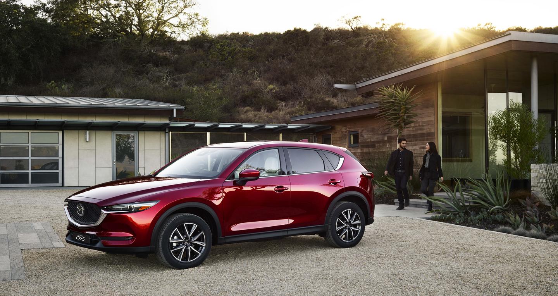 """Tháng 9: """"Thời điểm vàng"""" sở hữu SUV 5 chỗ Mazda CX-5"""