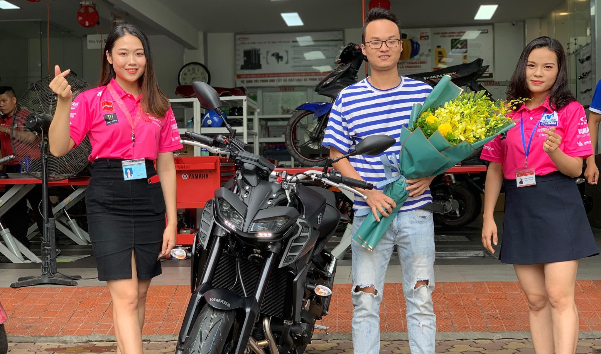 Yamaha MT-09 chính hãng giá 299 triệu đến tay khách hàng Hà Nội