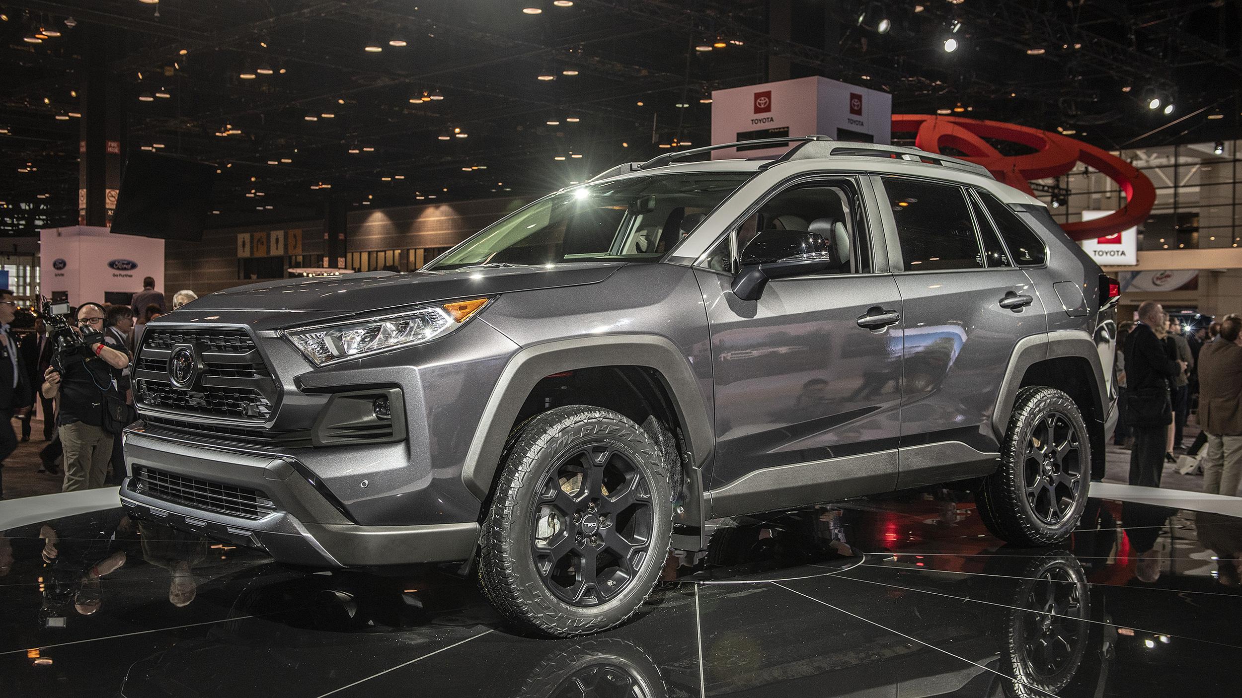 Toyota RAV4 TRD Off-Road 2020 chốt giá từ 36.300 USD