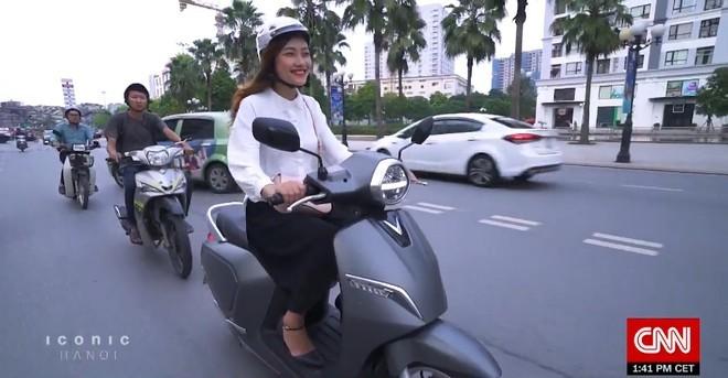 VinFast Klara xuất hiện trong phóng sự về 'Biểu tượng Hà Nội' trên CNN