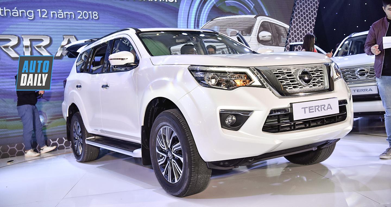 Nissan Terra giảm giá 100 triệu đồng trong tháng 11