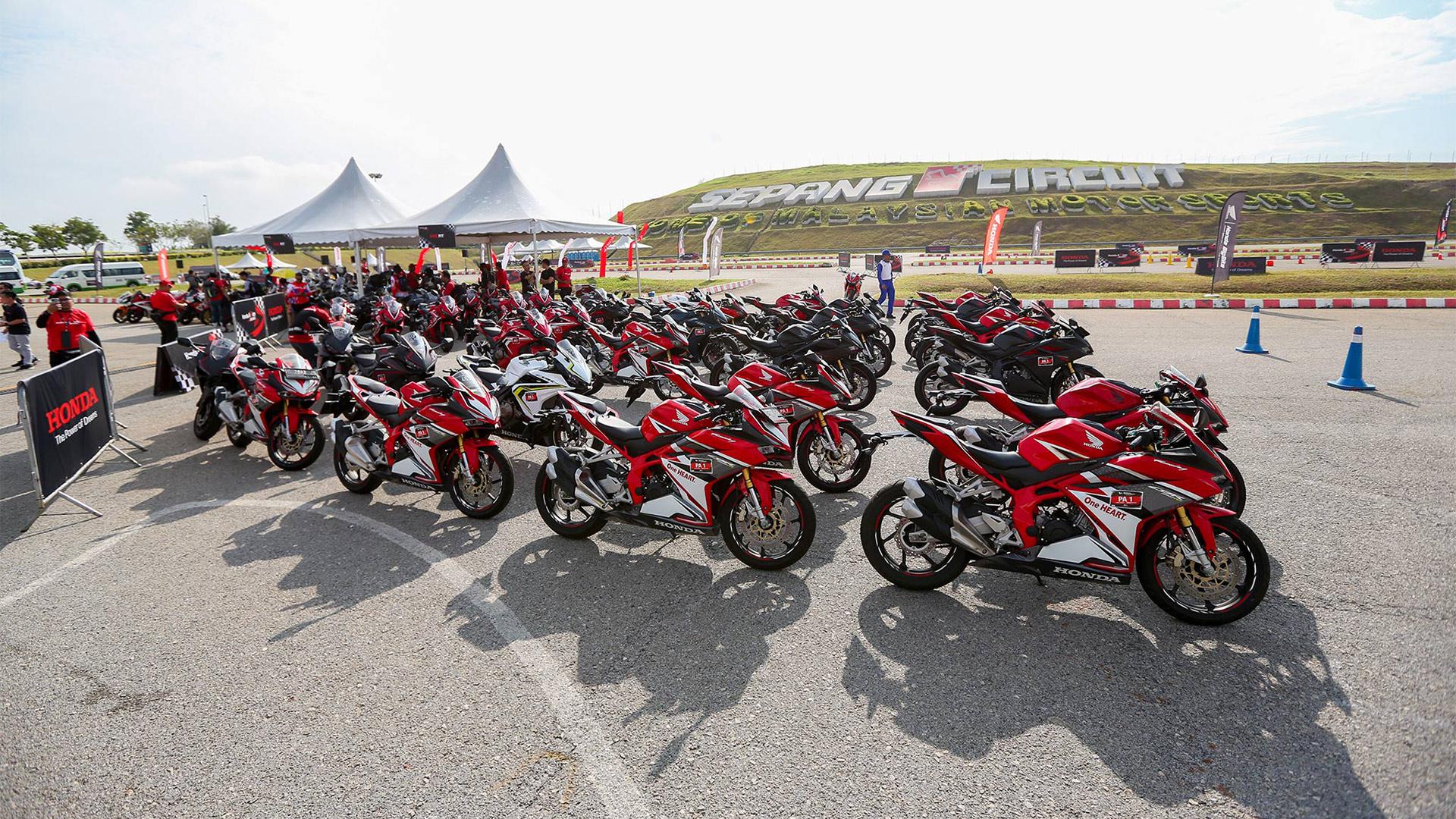 Phiêu cùng dàn mô tô CỰC CHẤT trong Hành trình Honda Asia Journey 2019