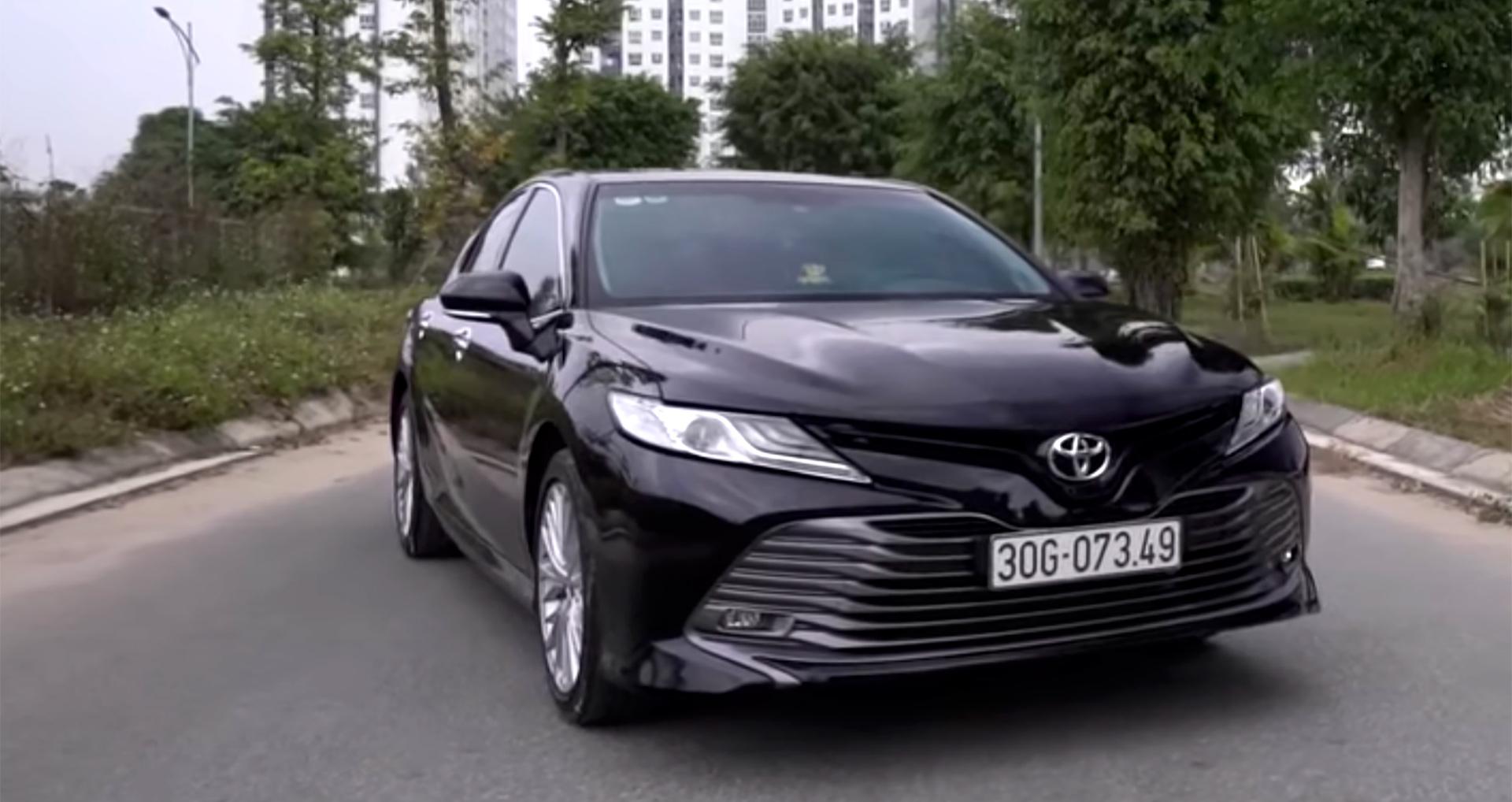Đánh giá xe Toyota Camry 2020 2.5Q nhập Thái giá hơn 1,2 tỷ đồng