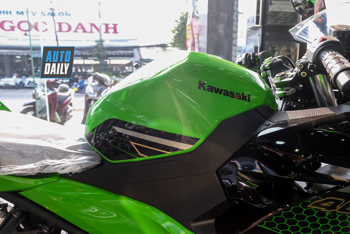kawasaki-ninja-400-abs-krt-2020-15.jpg