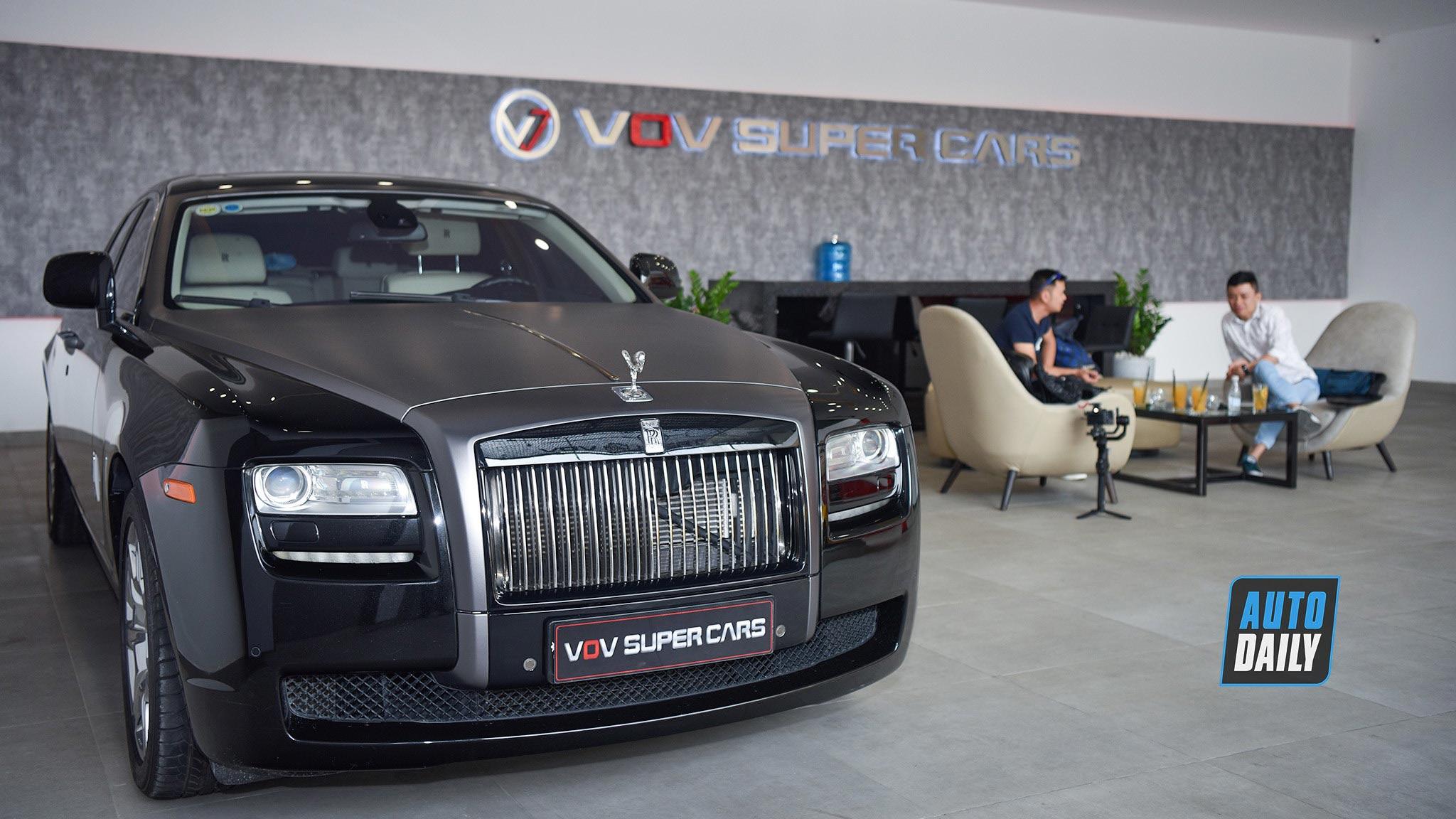 12 tỷ, chọn Rolls Royce Ghost cũ hay Mercedes Maybach S450?