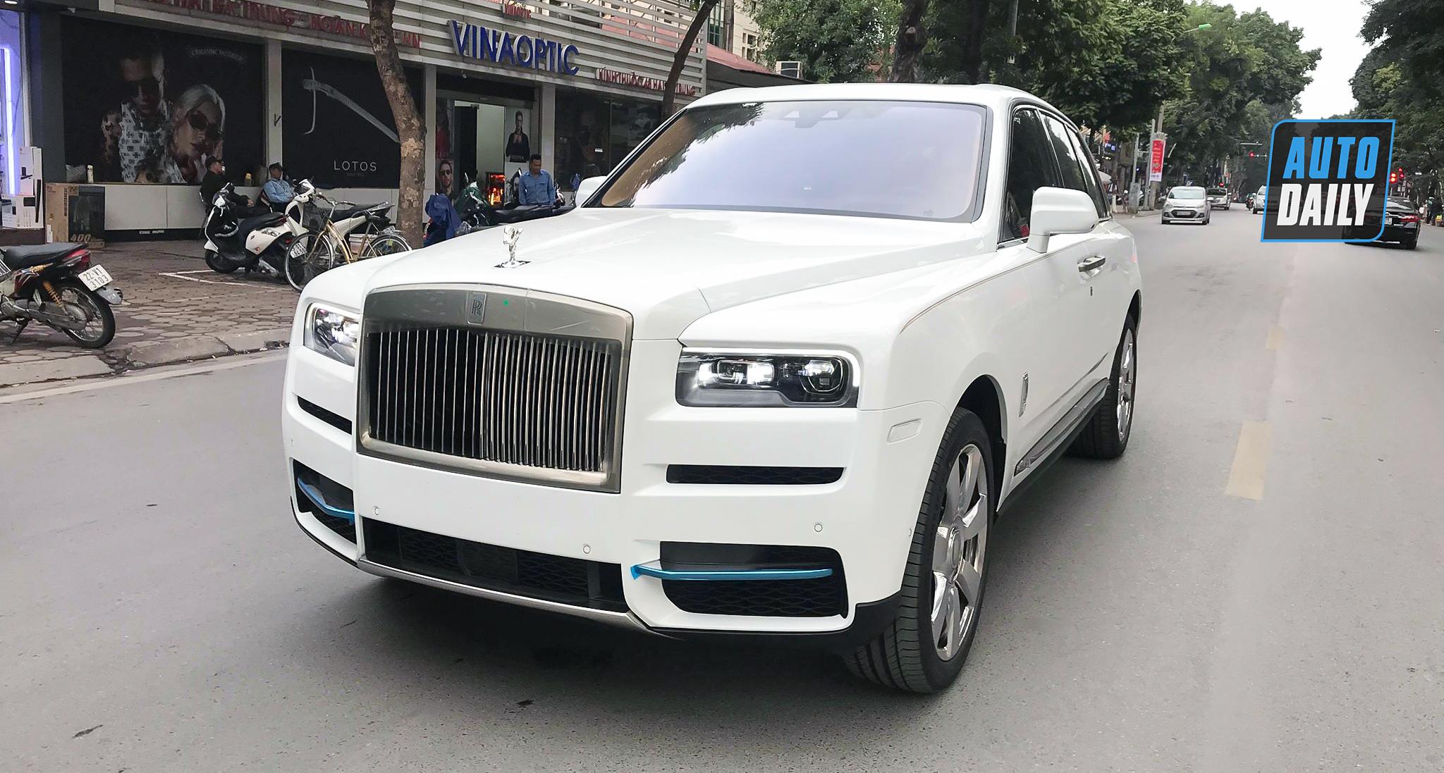 Rolls-Royce Cullinan 2020 chính hãng về Việt Nam, giá hơn 32 tỷ