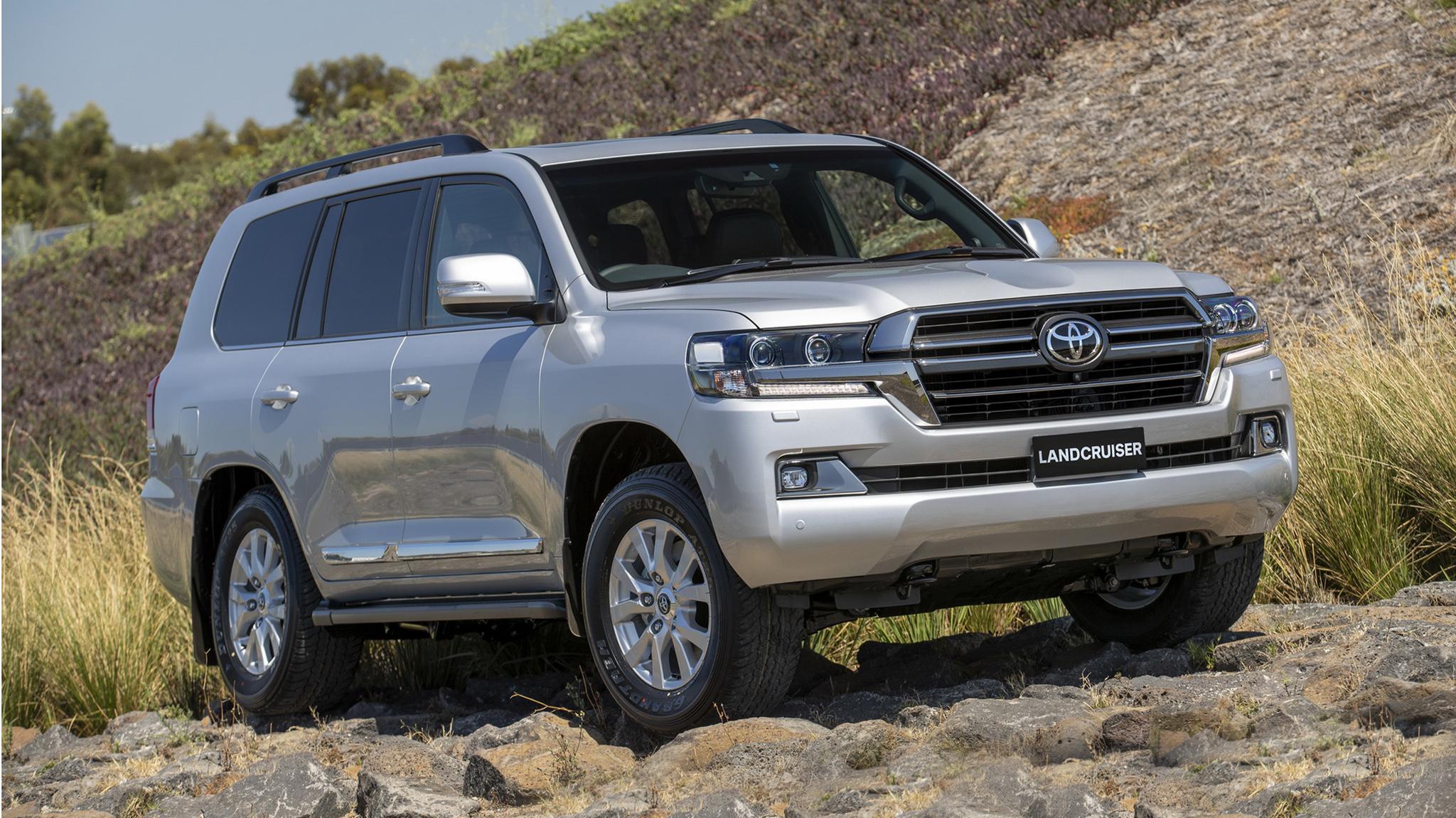 Toyota Land Cruiser Sahara Horizon 2020 ra mắt với số lượng chỉ 400 chiếc