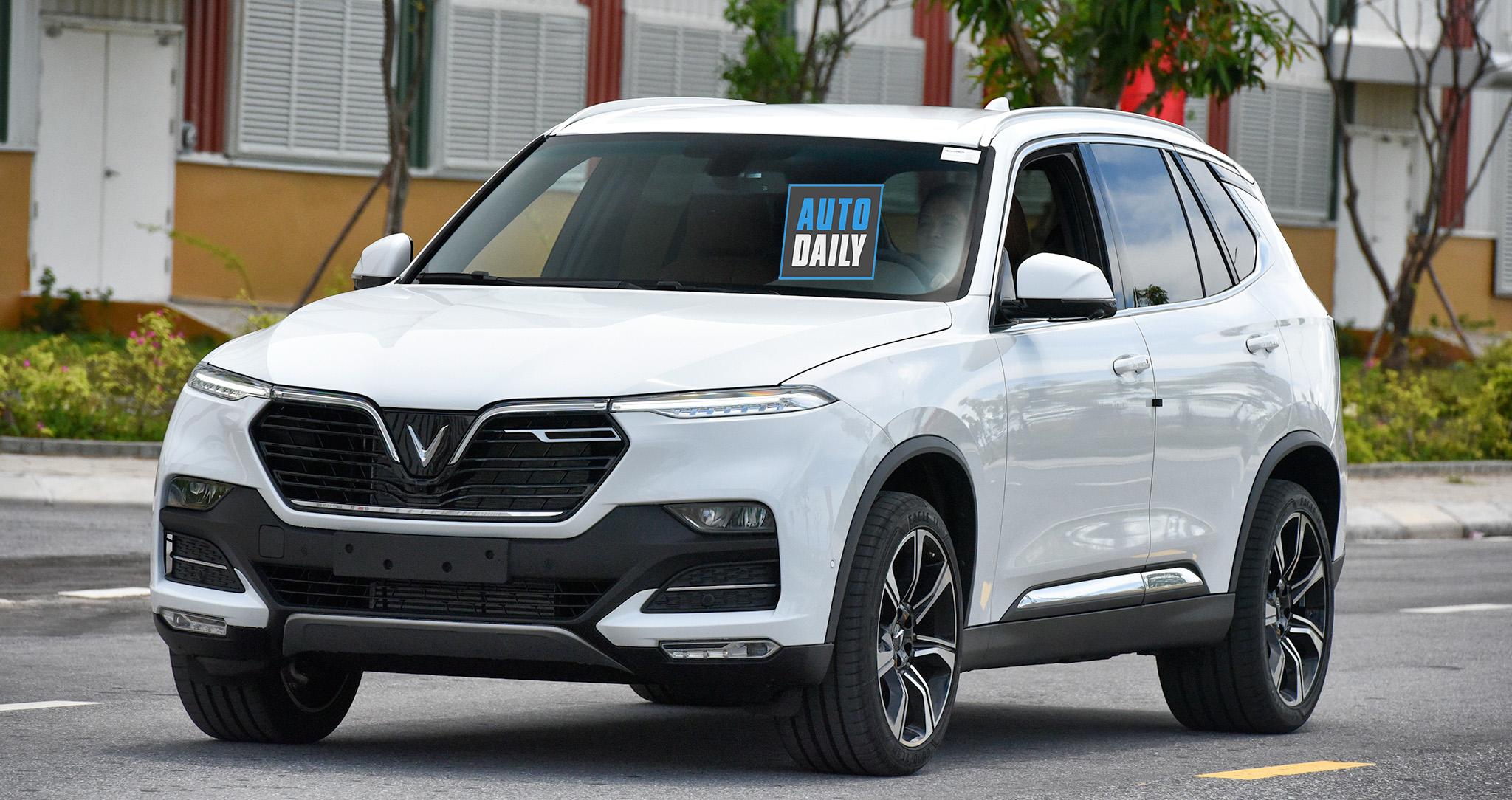 Ôtô VinFast tăng giá theo lộ trình, nhiều nhất 50 triệu