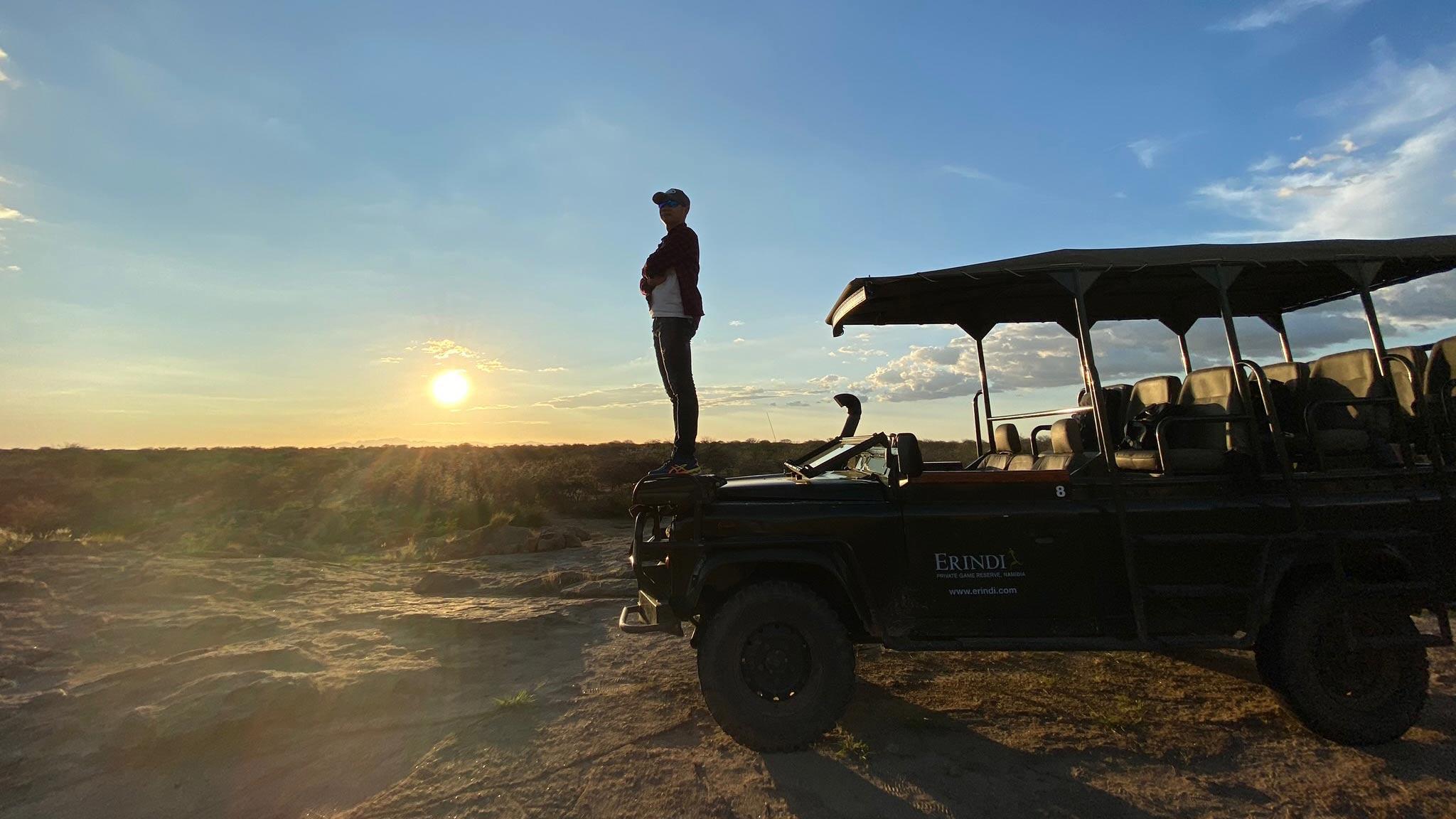 Namibia - Hành trình mê hoặc (Phần 1): Land Rover Discovery chạm mặt sư tử