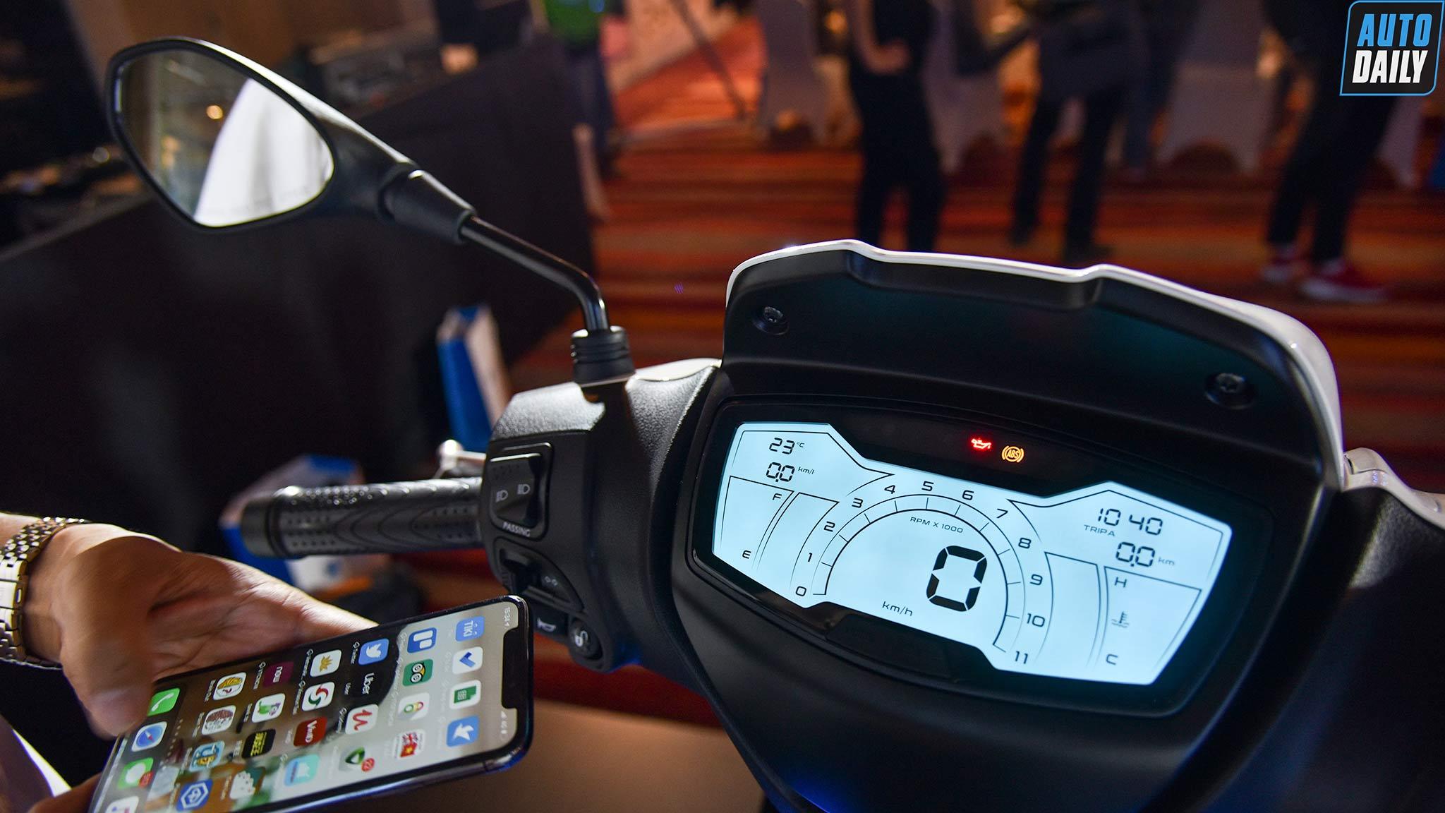 Hướng dẫn kết nối điện thoại smartphone trên Piaggio Medley 2020