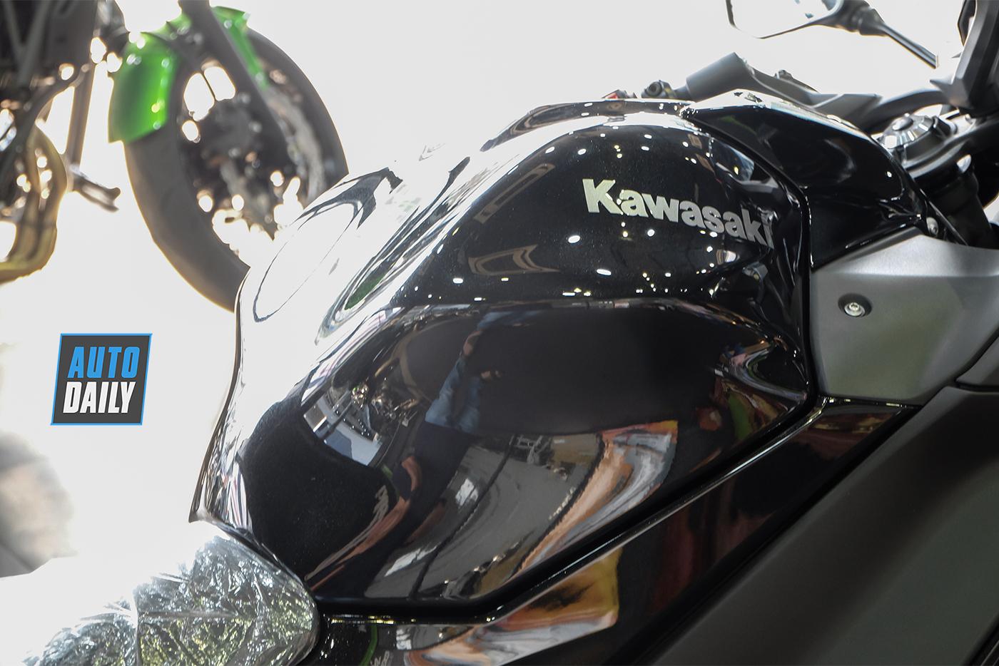 kawasaki-ninja-650-2020-15.jpg