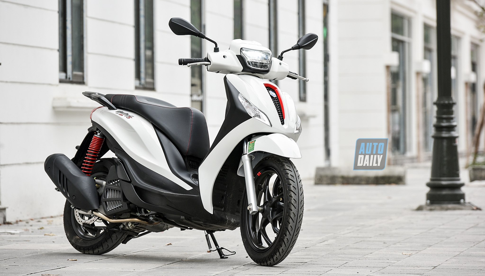 Đánh giá Piaggio Medley 150 ABS 2020: Khi xe ý thay đổi và thực dụng hơn