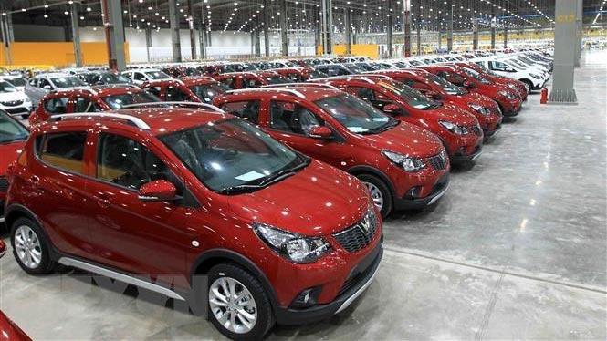 Giảm thuế phí, đừng vội mua ô tô, bình tĩnh chờ giảm giá mạnh