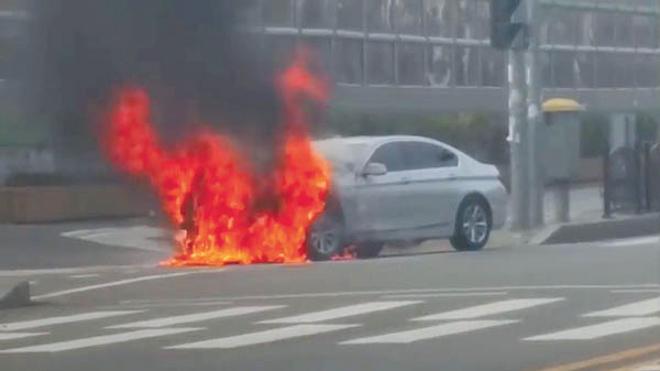 Những nguyên nhân khiến xe ô tô bỗng nhiên bốc cháy