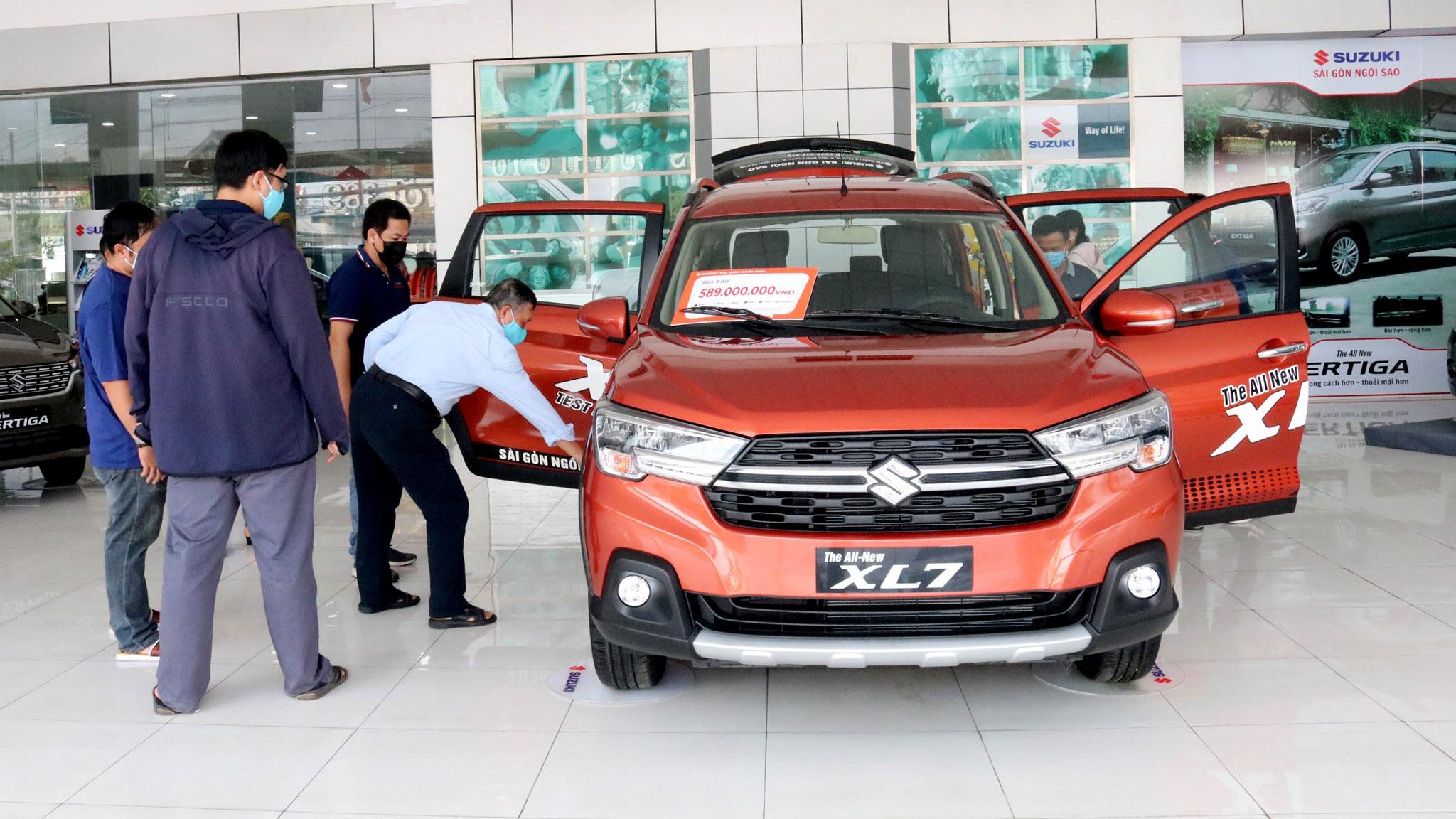 Chi tiết Suzuki XL7 2020: Xe 7 chỗ giá rẻ, đối thủ của Xpander Cross