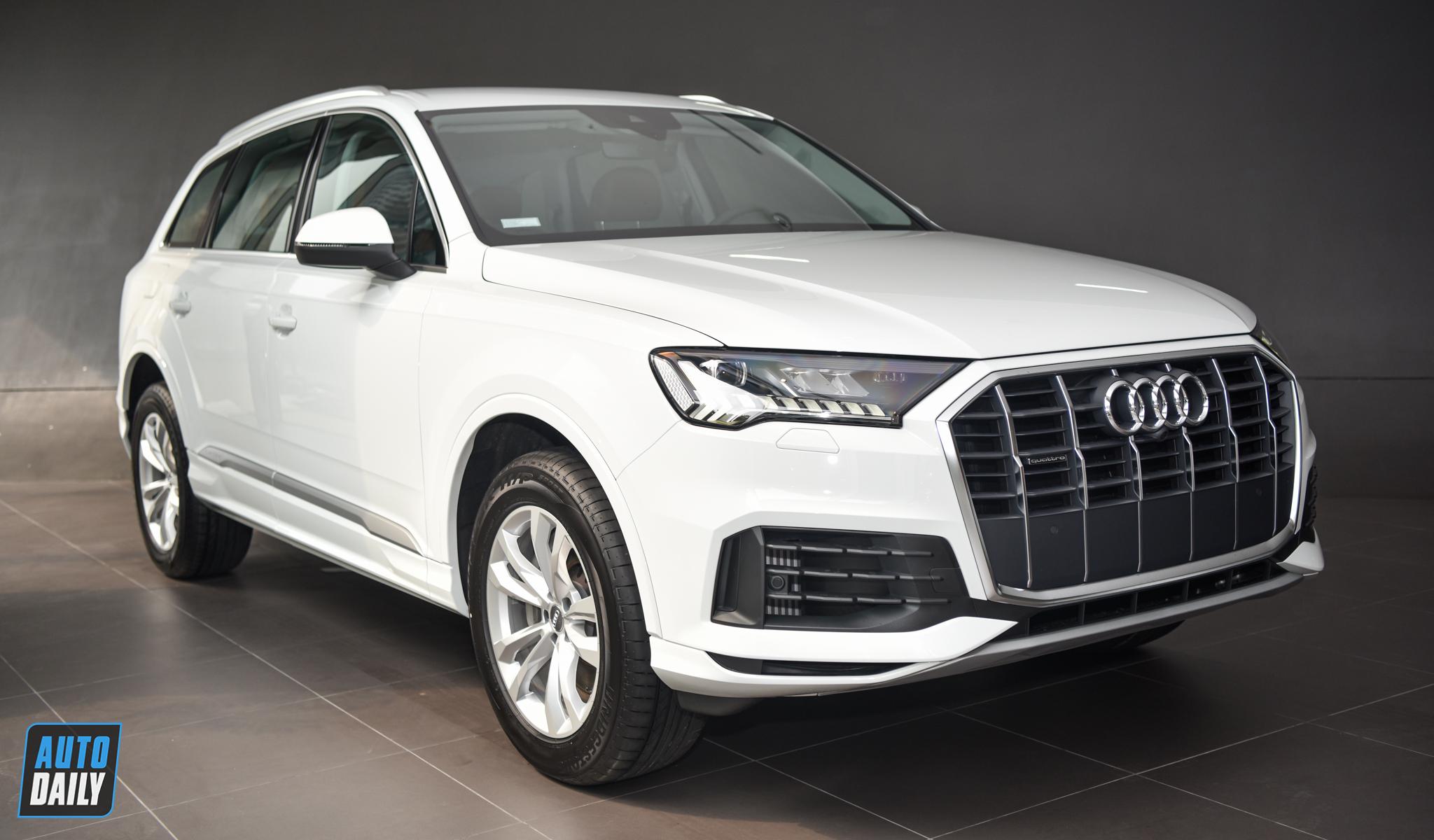 """Soi nhanh """"hàng nóng"""" Audi Q7 2020 vừa về Việt Nam"""