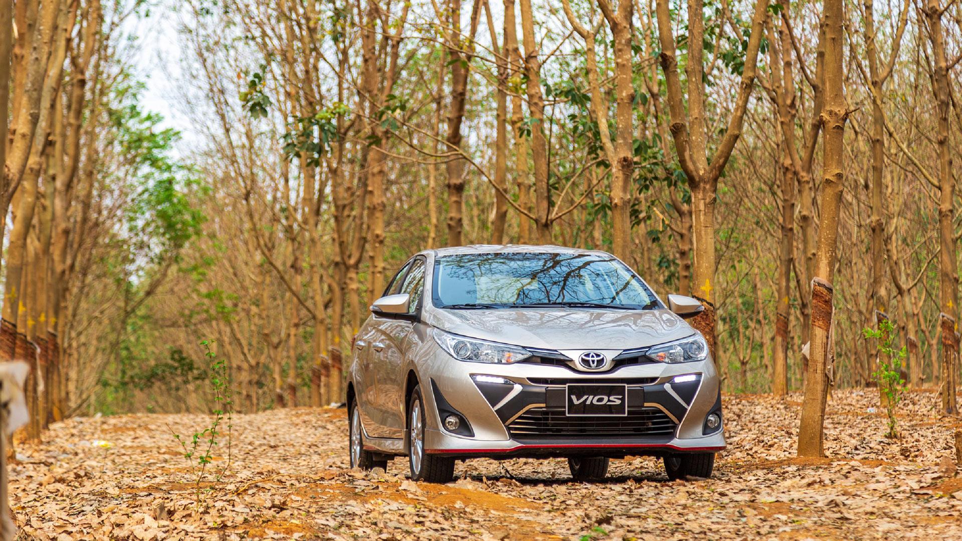 Toyota Việt Nam bán được 2.803 xe trong tháng 4/2020, giảm 33%
