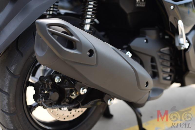 review-2020-yamaha-nmax-155-muffler.jpg