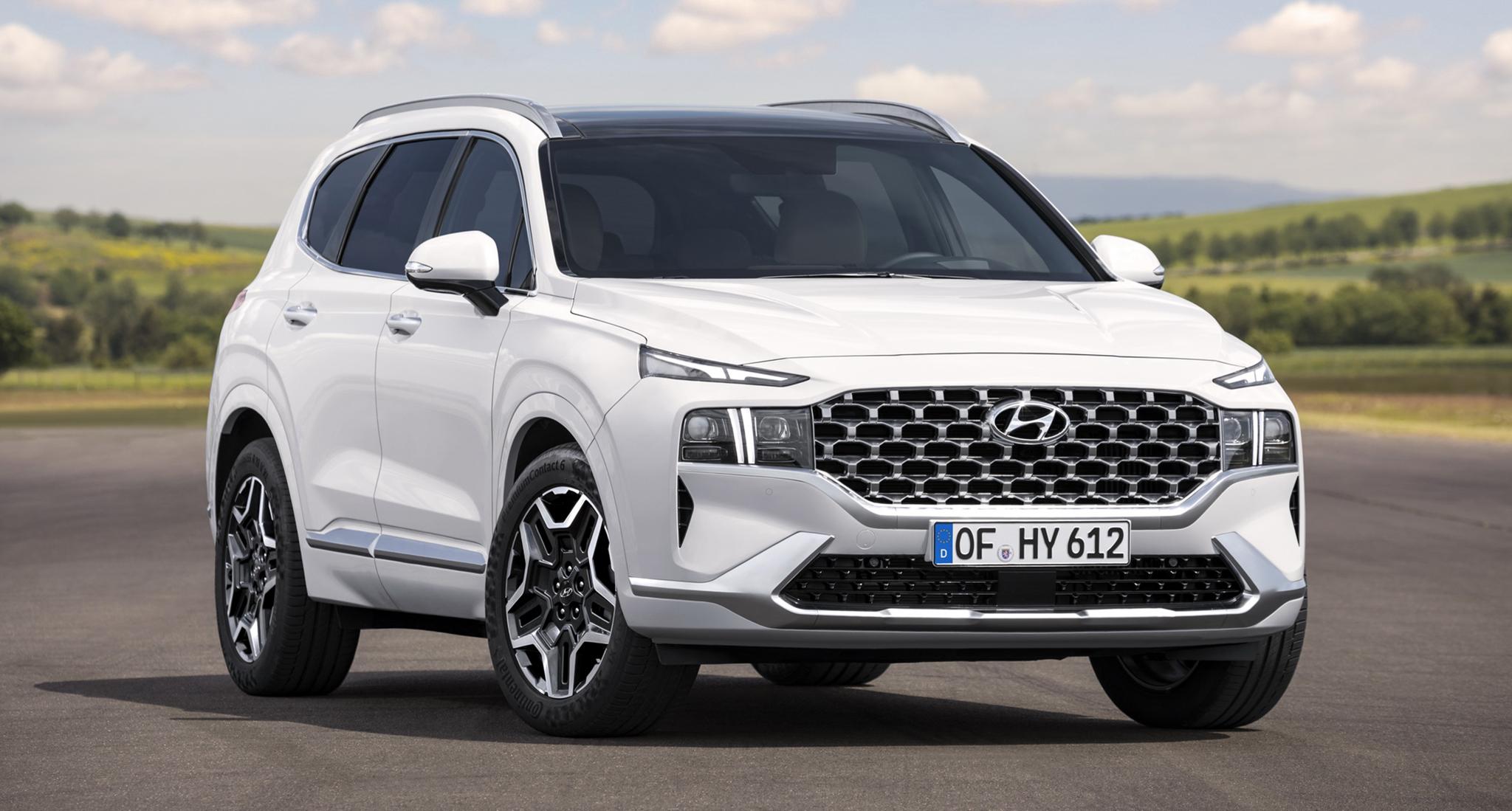 Hyundai Santa Fe 2021 chính thức lộ diện