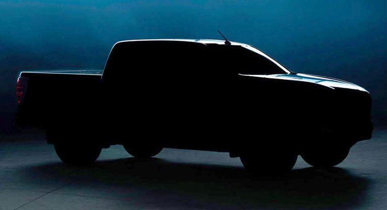 Mazda BT-50 2021 nhá hàng trước ngày ra mắt