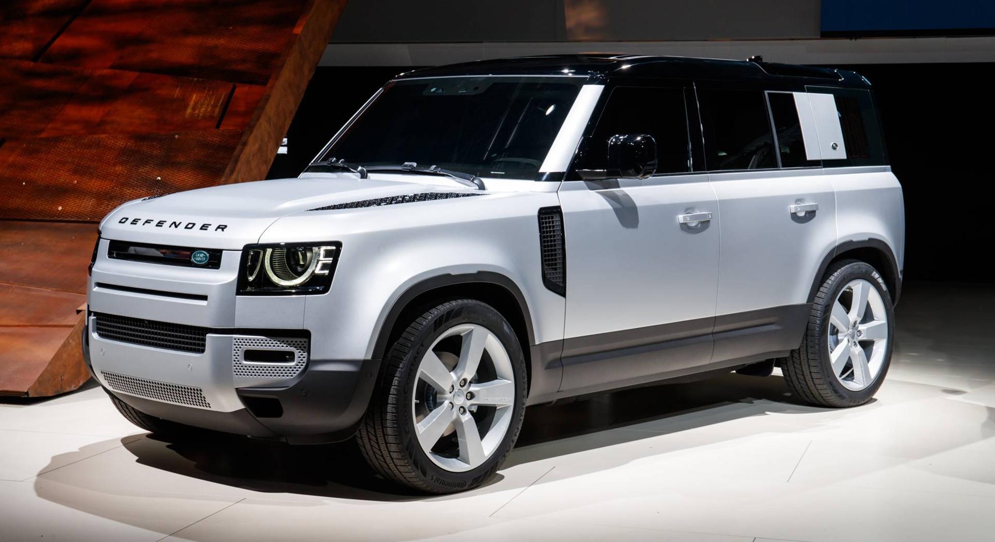 SUV Land Rover Defender 2020 đầu tiên cập bến Việt Nam