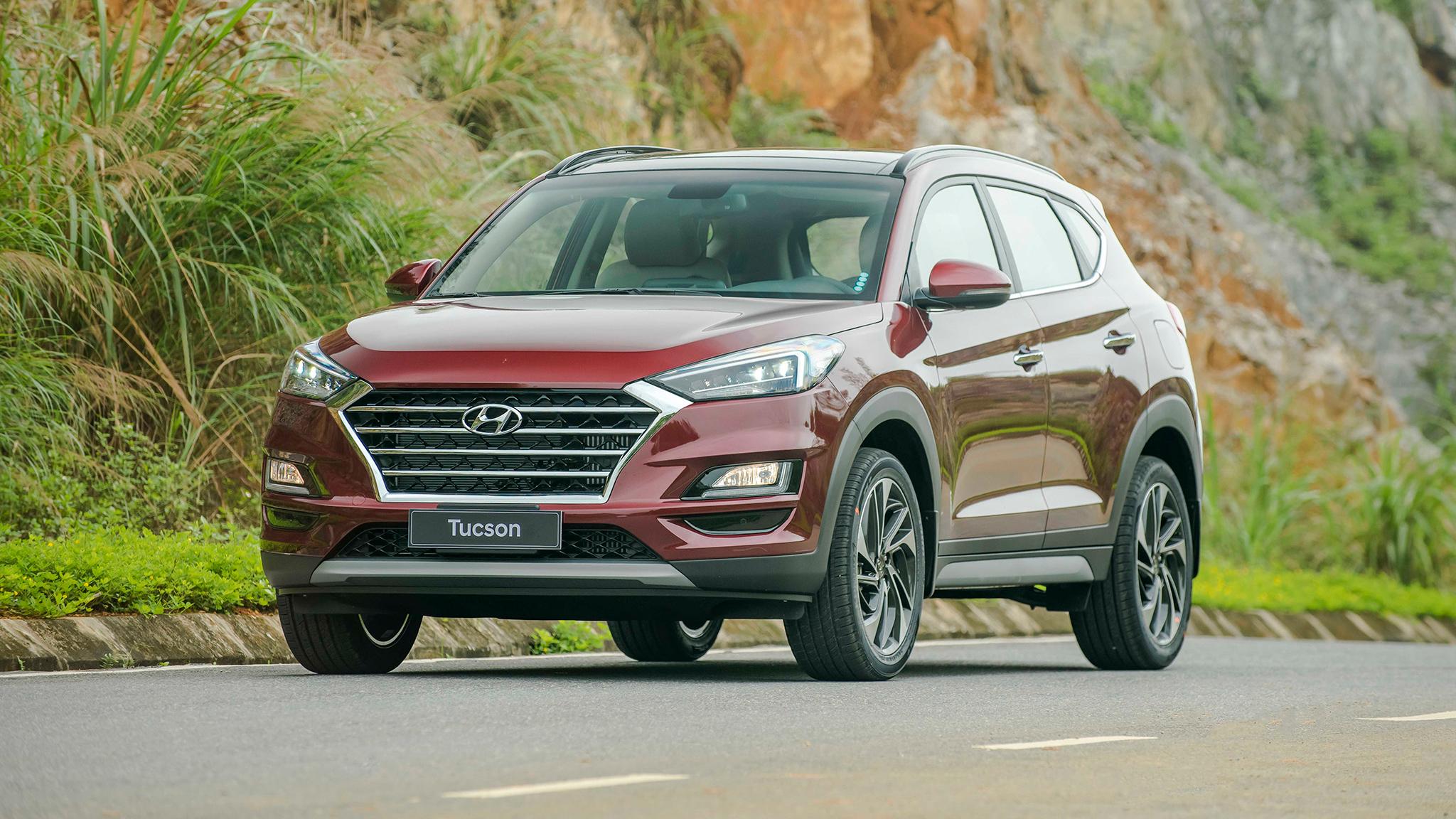 Hyundai Tucson bứt tốc trong cuộc đua 'tam mã' với CR-V và CX-5