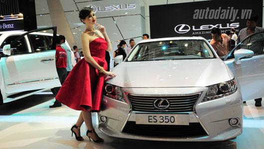 autodaily lexus.jpg