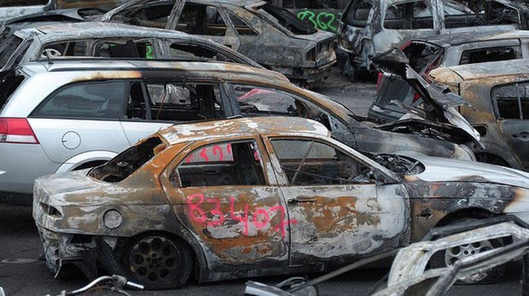 autodaily-burn-car-(1).jpg