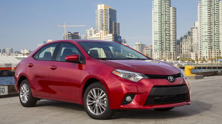 2014-toyota-corolla-right-front-angle.jpg
