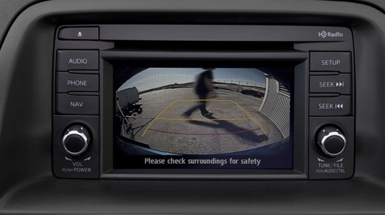 2014-Mazda-CX5-back-up-camera1.jpg