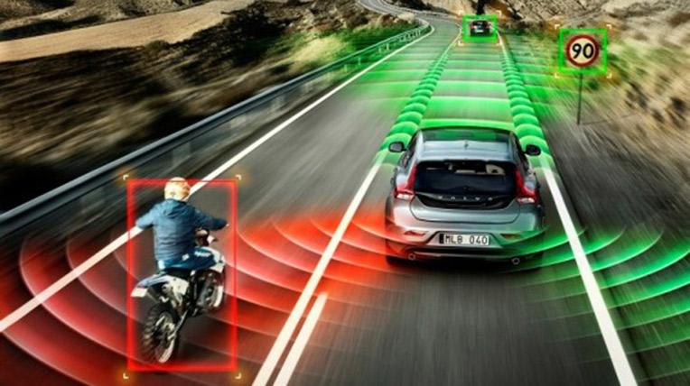 Volvo-Safety-Technologies_0003-537x353.jpg