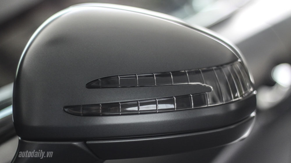 Mercedes-SL350-5,5-ty-dong-(17).jpg