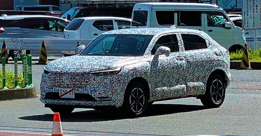 Honda HR-V 2021 lần đầu lộ diện trên đường thử, thiết kế cứng cáp hơn