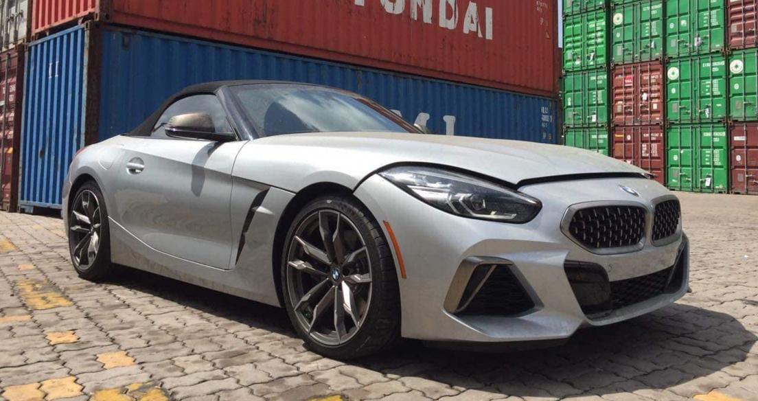 BMW Z4 hoàn toàn mới đầu tiên về Việt Nam, giá hơn 3 tỷ