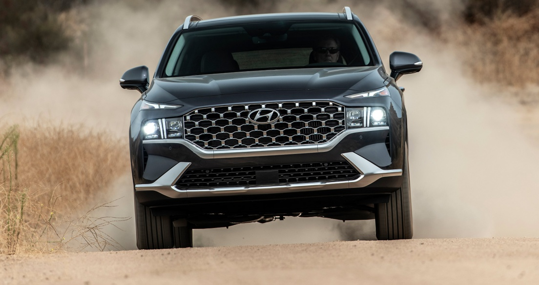 Xem Hyundai Santa Fe 2021 offroad