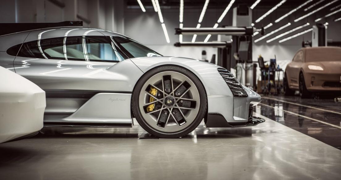 """""""Porsche Unseen"""": Bật mí những dự án bí mật của Porsche"""