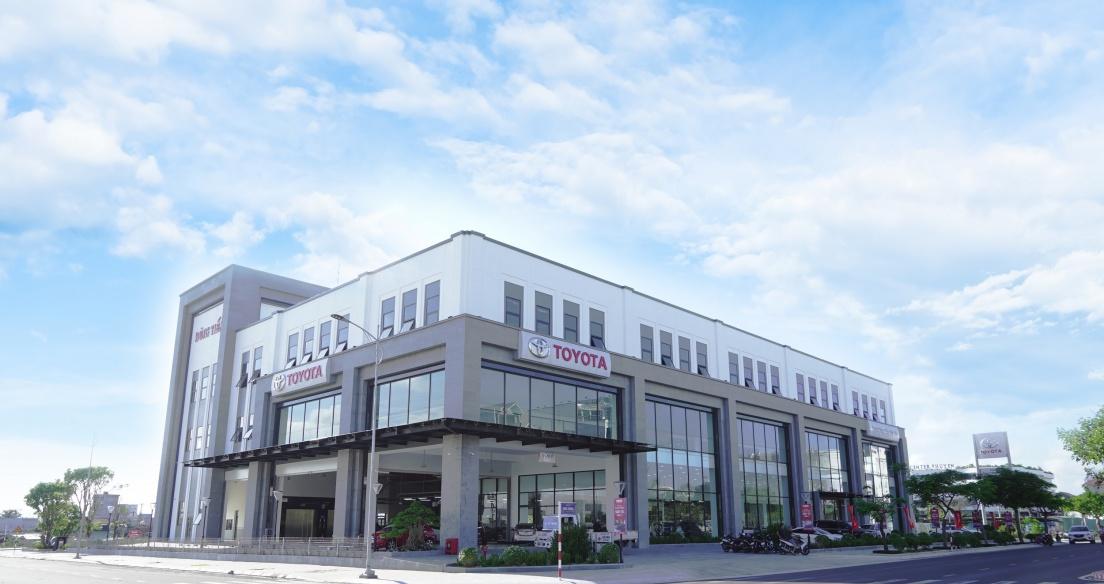 Ra mắt đại lý Toyota Dũng Tiến Phú Yên